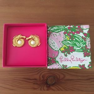 New in box Lilly Pulitzer earrings!